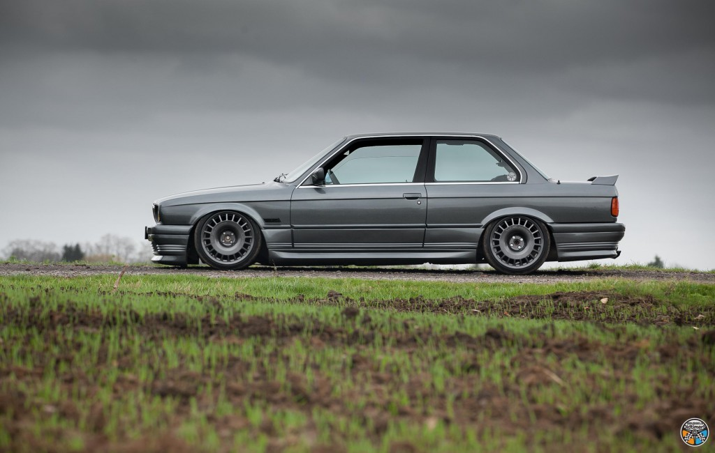 Bmw E30 325 is - French exception